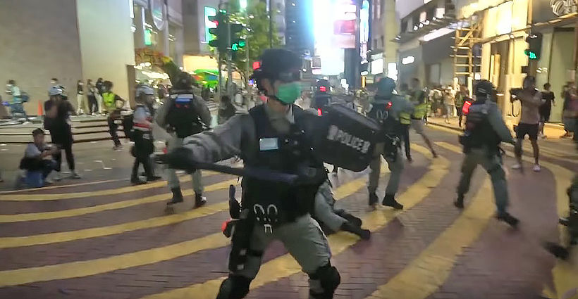 HK man arrested for allegedly stabbing officer in security law protests | Thaiger
