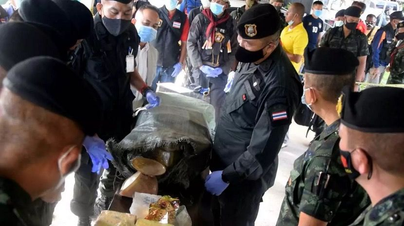 2 arrested in Narathiwat with 1,420 kilograms of meth - VIDEO | News by Thaiger