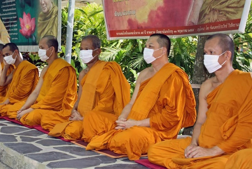 Covid-19 found in 3 Thai monks at Las Vegas temple   Thaiger