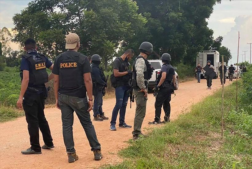 Drug dealer shoots policeman, escapes in Korat | News by Thaiger