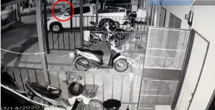 CCTV captures man stealing lingerie in Sri Racha | News by Thaiger