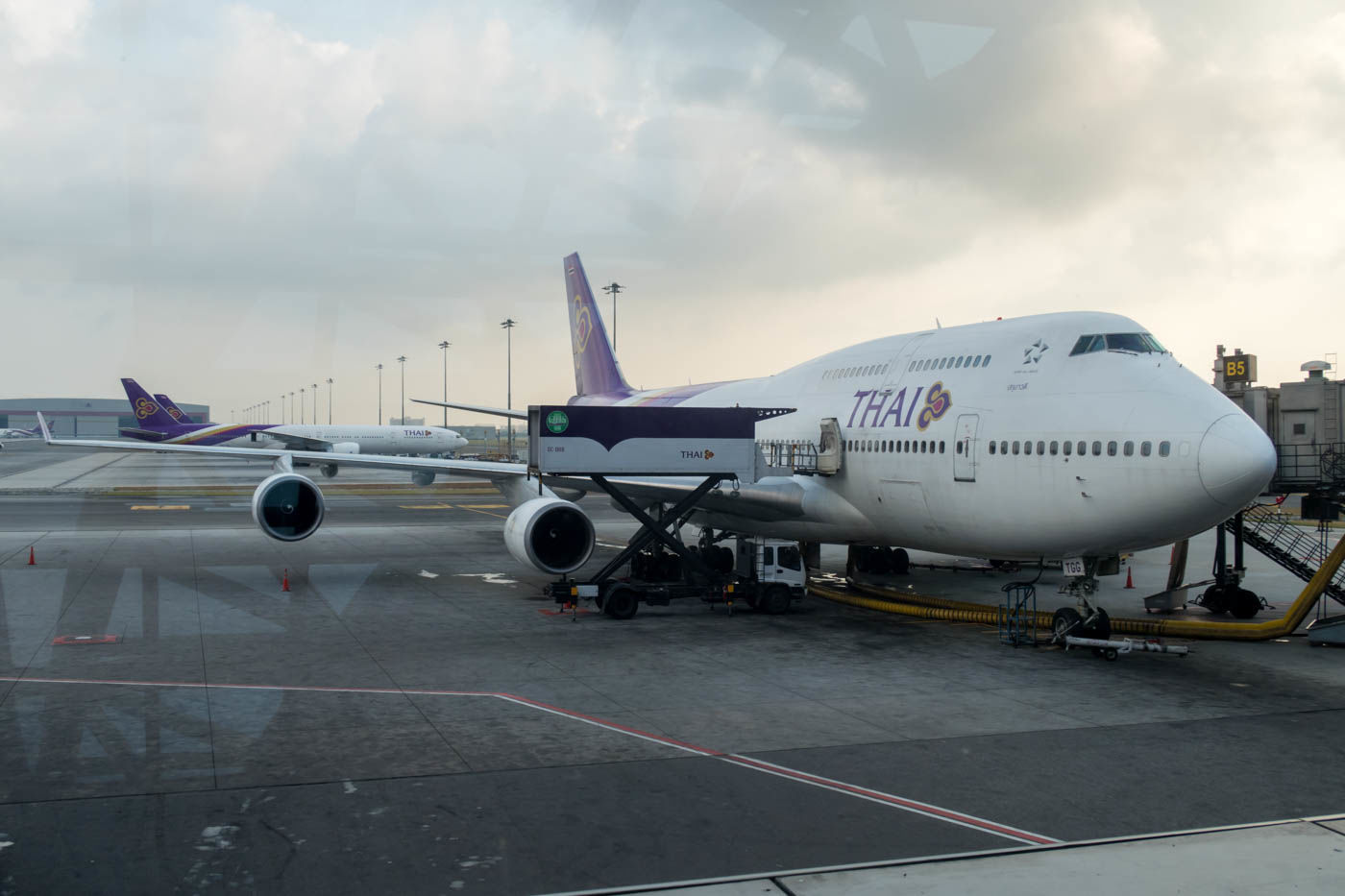 Thai Airways seeks to conserve finances by offering unpaid leave, early retirement | Thaiger