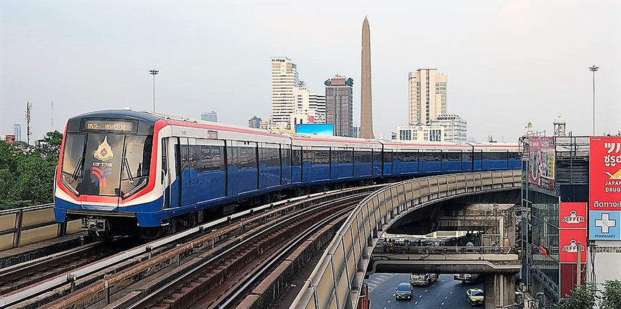 Thai government extends contact-tracing app to Bangkok metro, Skytrain services | The Thaiger