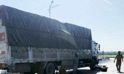 Quảng Bình: Va chạm với xe tải khiến người chồng tử vong tại chỗ, vợ bị thương | Thaiger