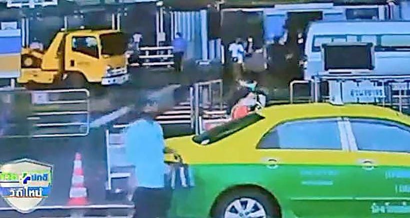 Thieving Suvarnabhumi cabbie nabbed | Thaiger