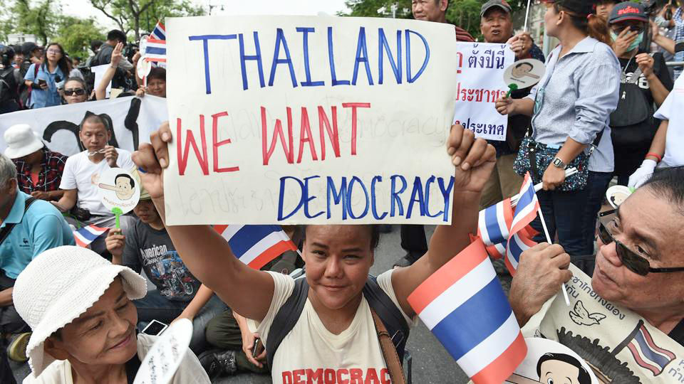 Poll: majority doubt constitutional reform will improve Thai politics | Thaiger