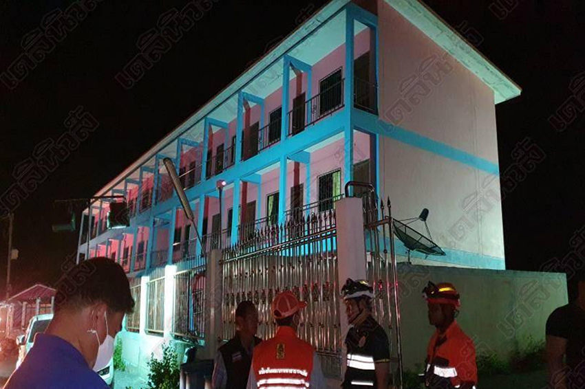 Homes partially collapse in 2 provinces | Thaiger
