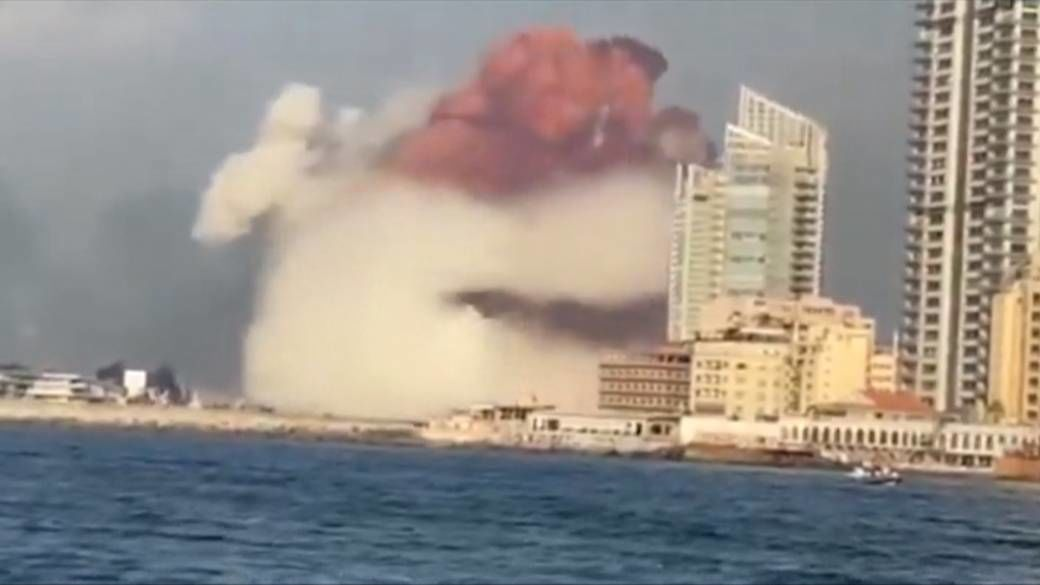 Huge explosion at Port of Beirut kills 78 - VIDEO | News by Thaiger