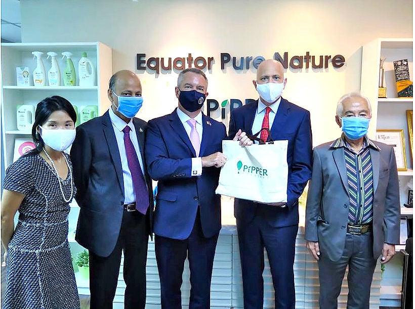 US ambassador visits Thai clean-tech company Equator Pure Nature | News by Thaiger