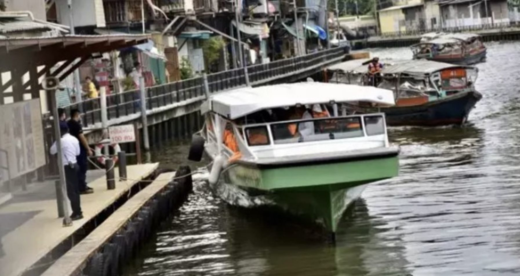 New electric ferries have a test run on Bangkok's klongs | Thaiger