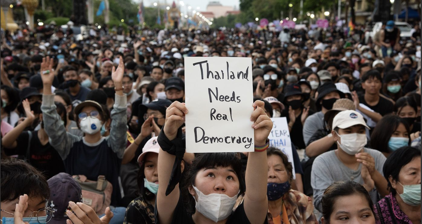 Up to 10,000 gather in massive Bangkok pro-democracy rally | Thaiger
