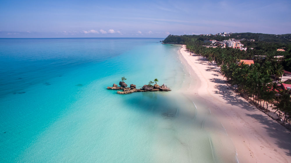 SE Asia's most popular islands still 'on hold' as they wait to re-open to international tourists | Thaiger