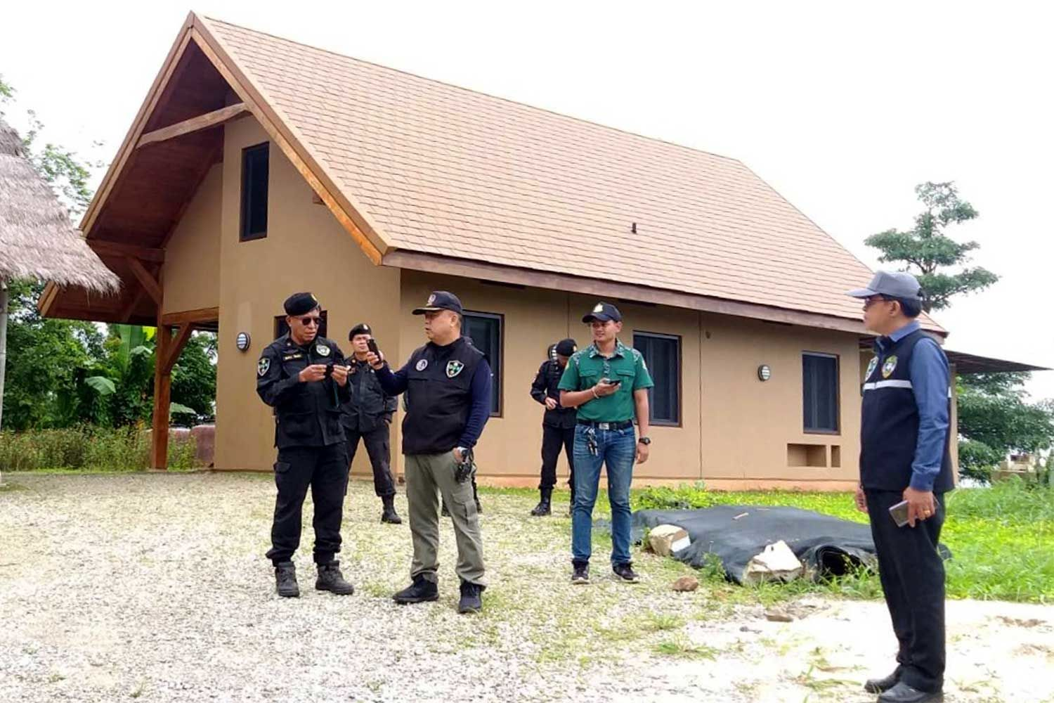 Official faces encroachment charge, American's home seized in Petchabun | News by Thaiger