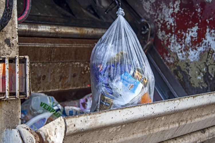 Environmentalists concerned with rise of takeaway trash during lockdown | Thaiger