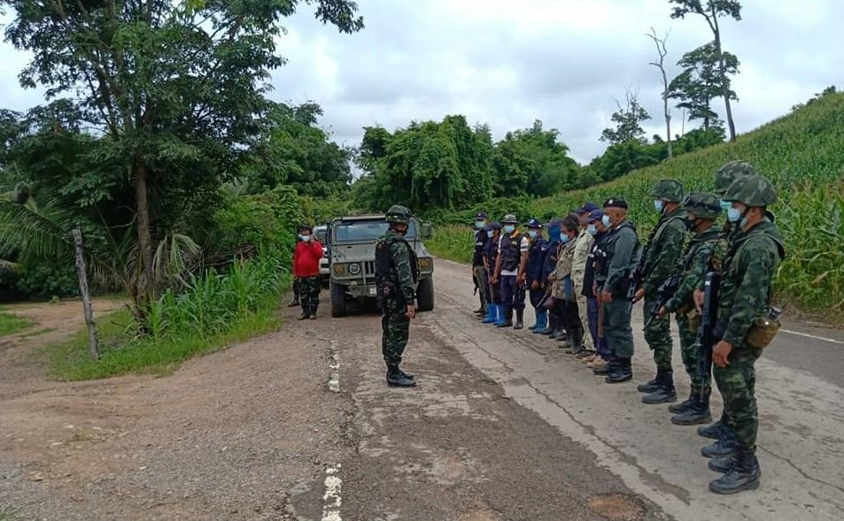 Concerns over Covid surge in Myanmar prompt increased security at Tak border   Thaiger