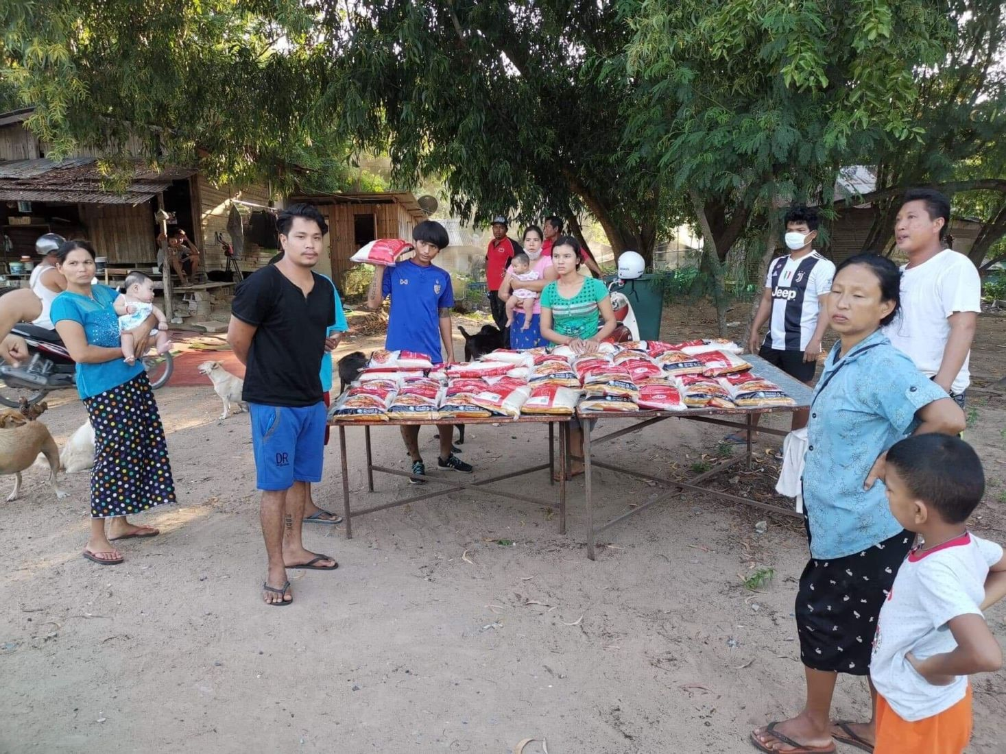 Samui charity battles to feed island's remaining residents | News by Thaiger