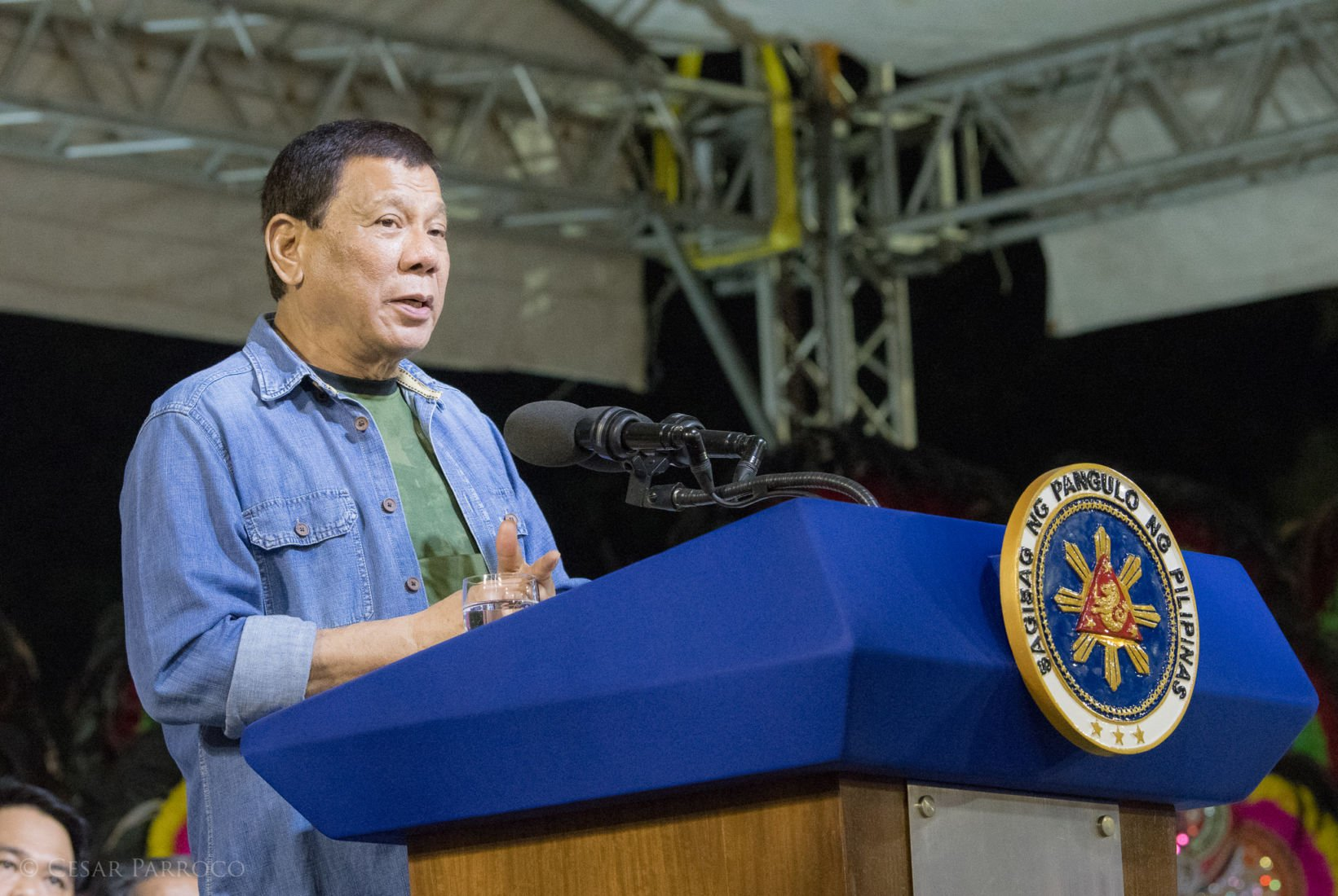 "Philippine president says ""kill the drug traffickers"" 