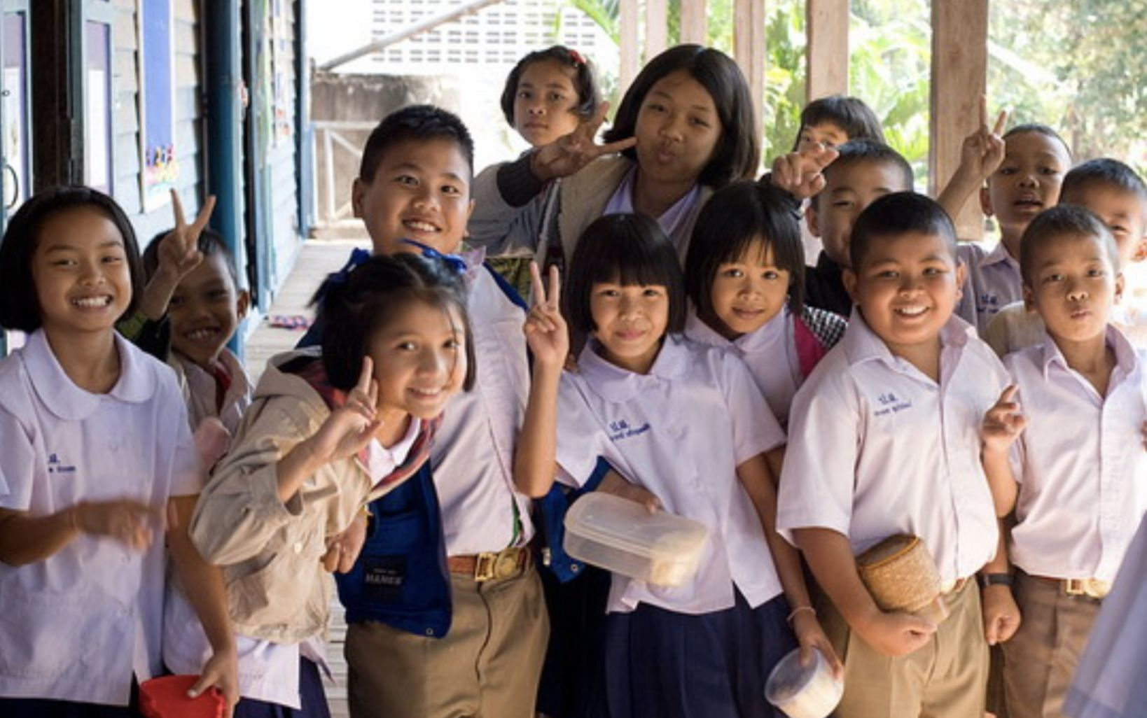 Thai schools look to recruit 20,000 English and Chinese language teachers   Thaiger