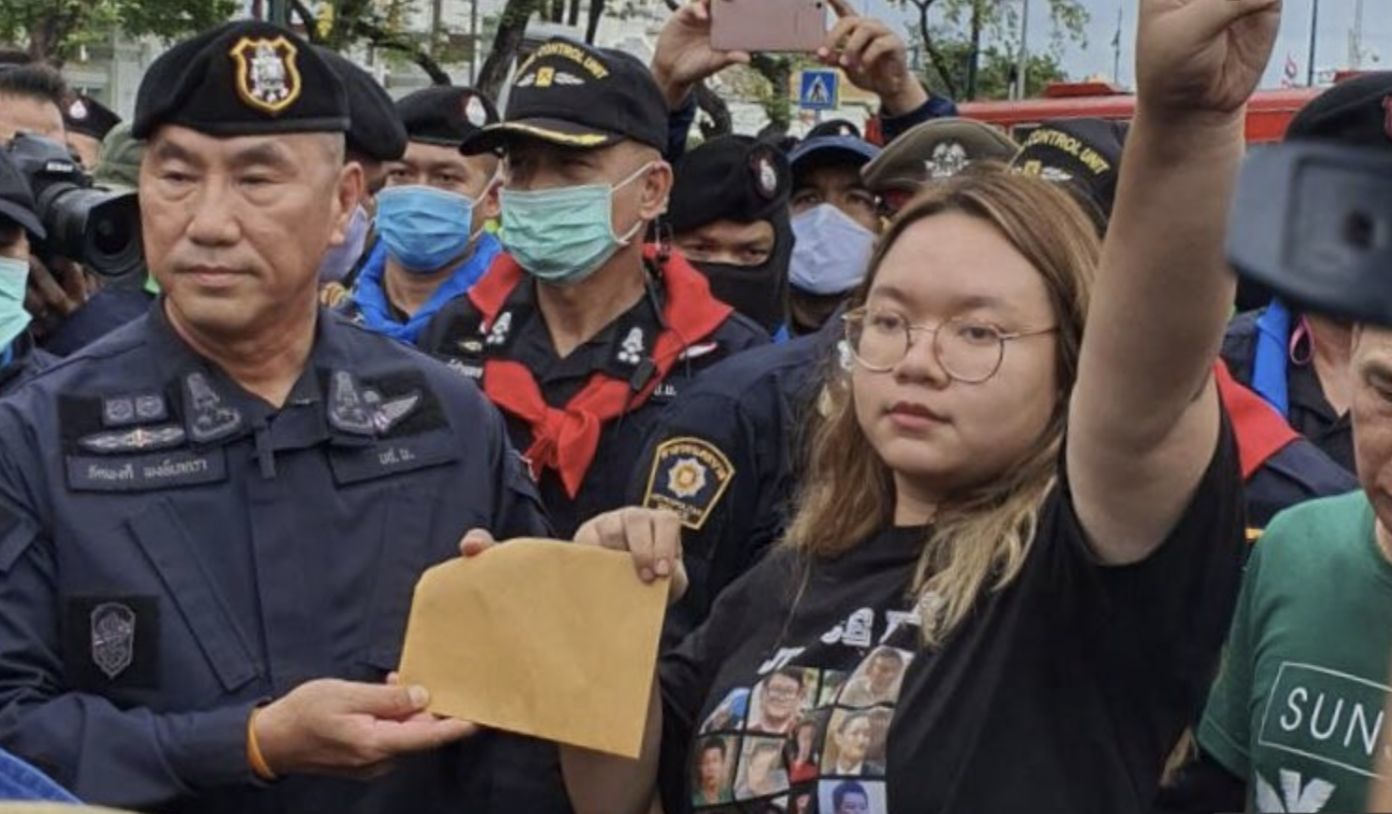 Bangkok protest rally wraps up after a letter of demand is presented to officials