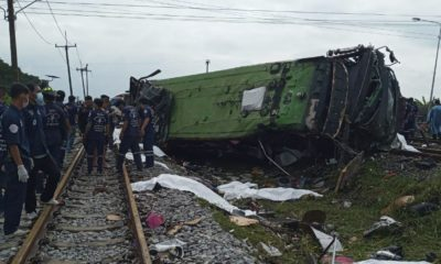 UPDATE: 18 dead, 44 injured, bus collides with train in Chachoengsao | Thaiger