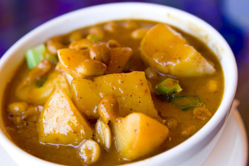 The World's 50 Best Foods… Thai massaman curry tops the list | The Thaiger