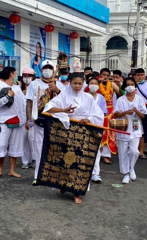 Phuket's annual Vegetarian Festival lowers flags, spirits return to the heavens | News by Thaiger