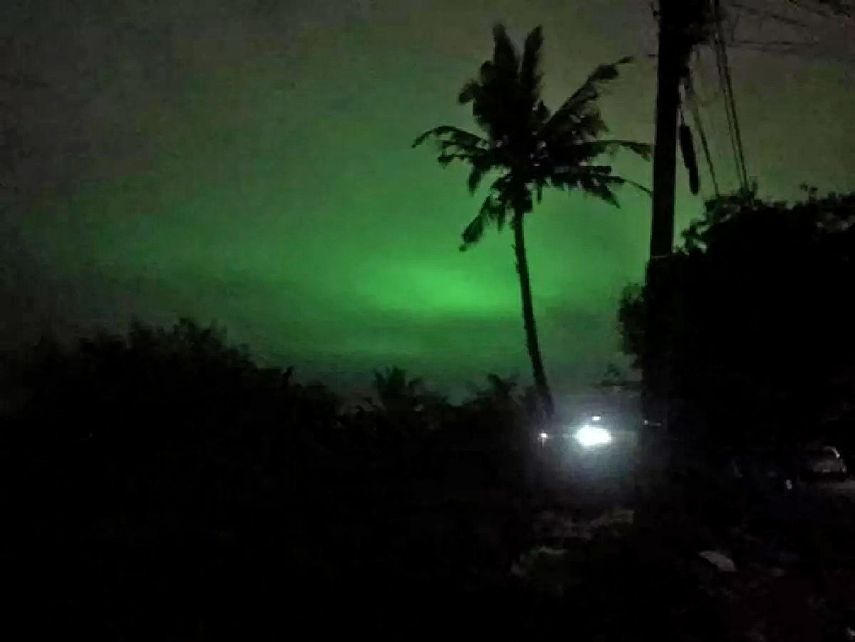 Eerie green glow hovers over Ranong on Halloween | News by Thaiger