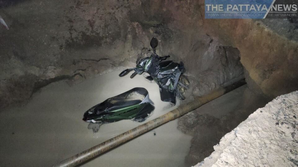 Pattaya bike rider injured after plunging into large construction hole in road | News by Thaiger