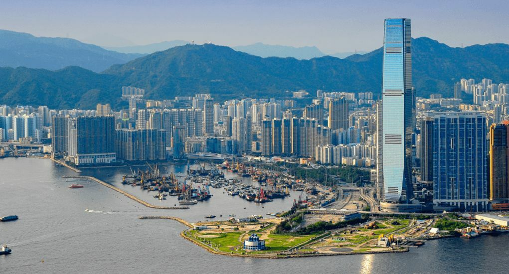 Hong Kong partially locks down, forcing thousands to undergo Covid screening | The Thaiger