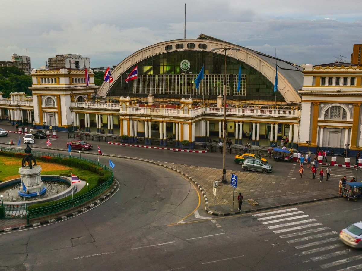 Railway union rejects plans to close the Hua Lamphong Station which is set to be closed in November | News by Thaiger