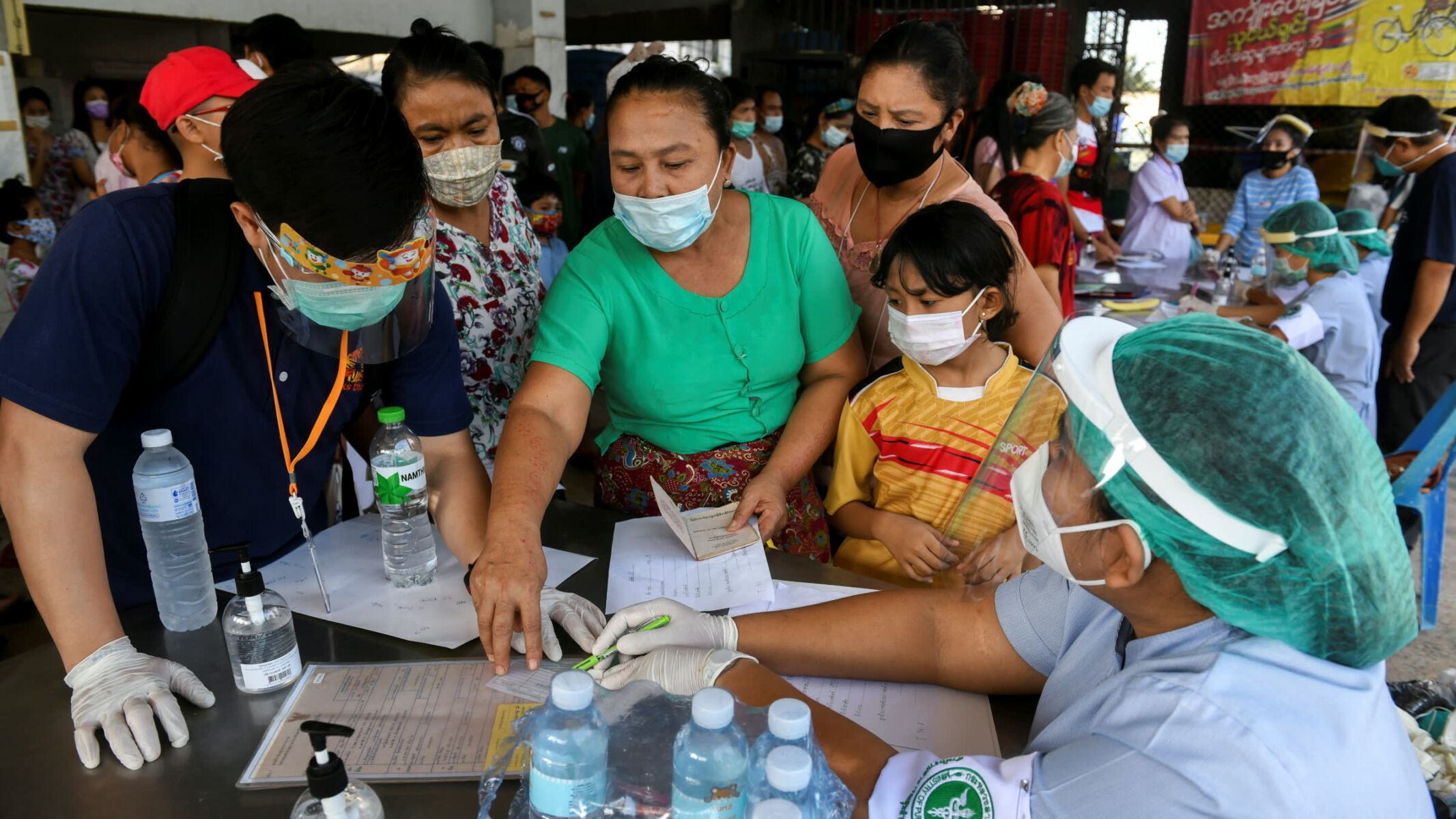 15,000 people in Samut Sakhon at high risk of infection, health officials concerned | The Thaiger