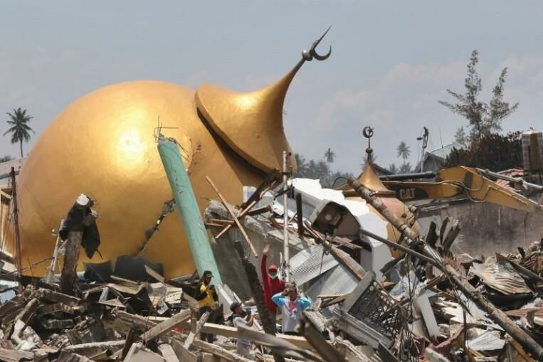 UPDATE: At least 34 dead and 600 injured after Indonesia earthquake | The Thaiger