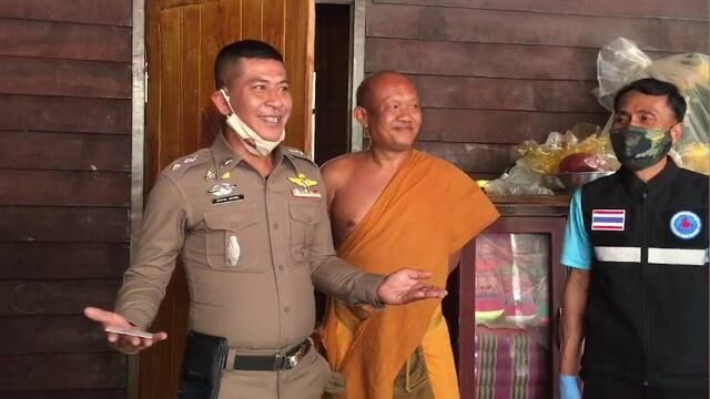 Monk arrested on drug charges, allegedly told police methamphetamine was a merit gift | The Thaiger