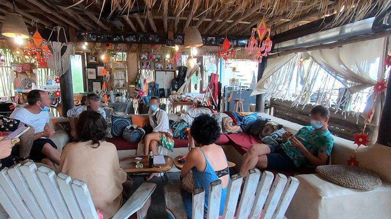 """Police raid """"Hippie Festival Samui,"""" arrest French musicians for allegedly working without a permit 