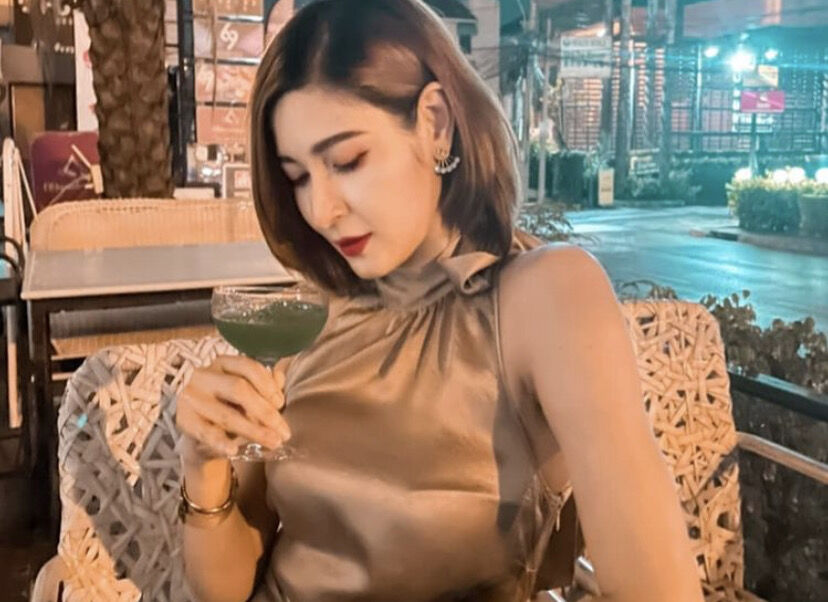 """Woman talks about the life of a Thai """"pretty"""" after model's death 