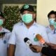 Samut Sakhon officials seal off migrant workers in 7 factories for entire month | Thaiger