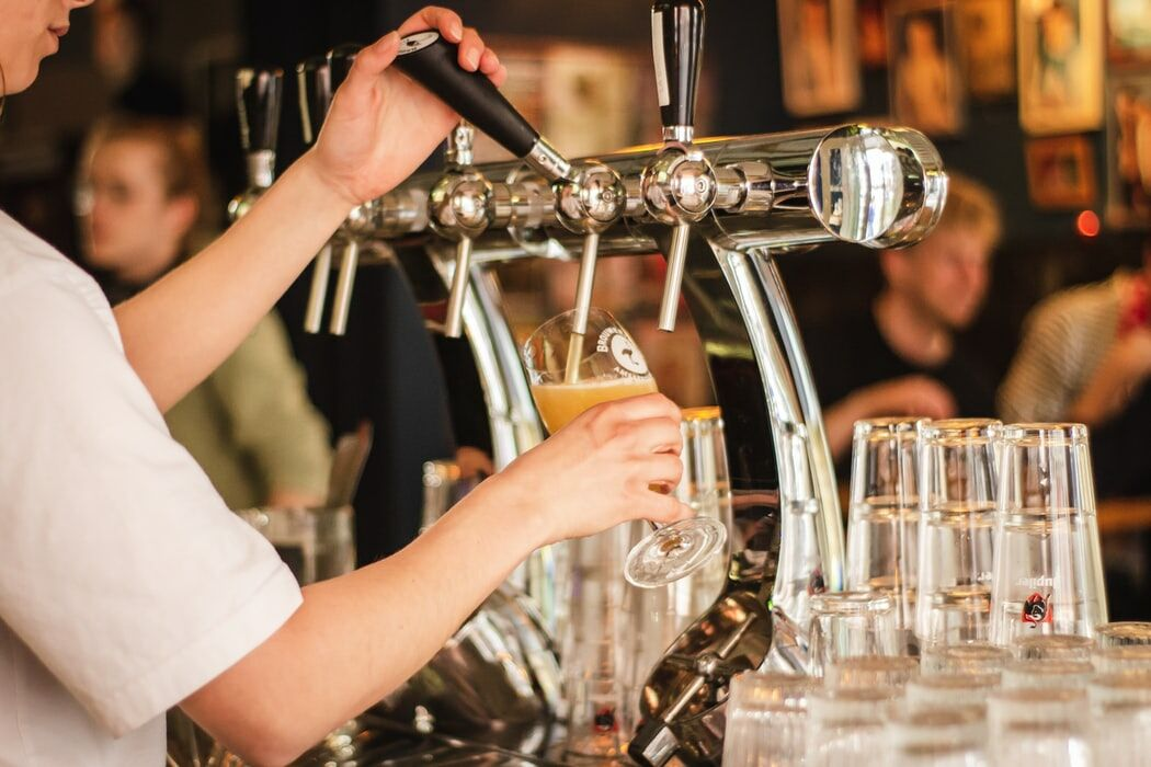 Bangkok restaurants to be allowed to serve alcohol until 11pm | The Thaiger