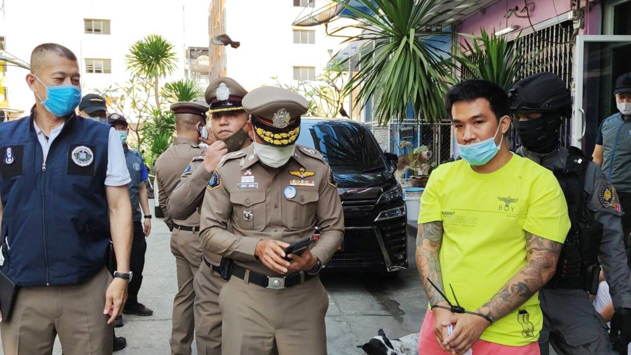 Gambling advocate and net idol arrested for allegedly running online gambling operation | The Thaiger