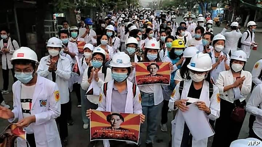 Burmese healthcare workers take to the streets to protest military coup | Thaiger