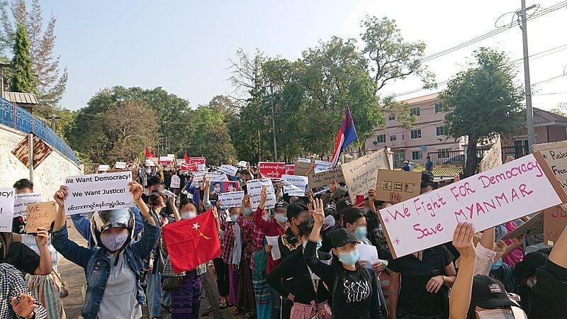 3 protesters die overnight in Yangon, Myanmar | Thaiger