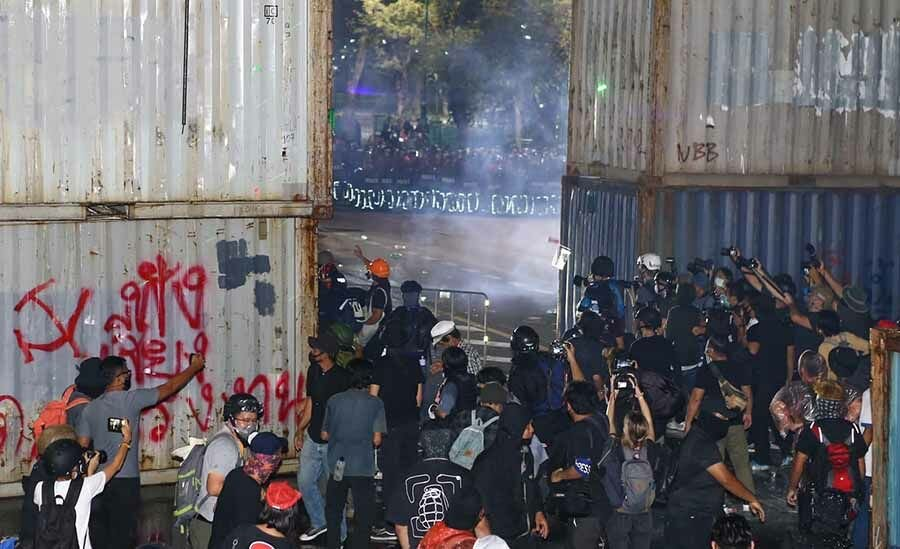 Foreign Correspondents' Club of Thailand condemns shooting of reporters at Bangkok protest | Thaiger