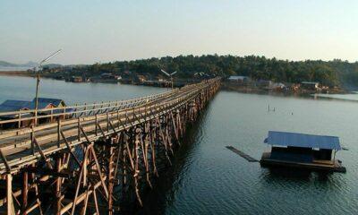 Burmese migrants arrested after wading across border river | Thaiger