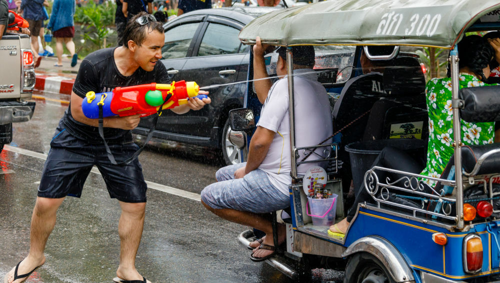 Thai tourism operators want more stimulus plans in time for Songkran | Thaiger