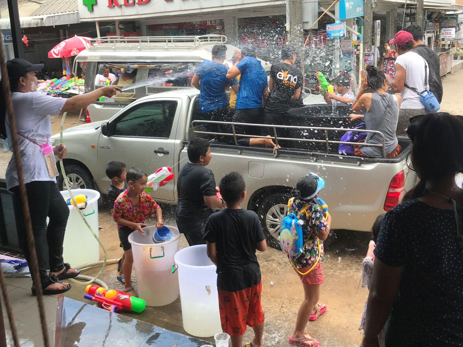 Social distancing for Songkran, Thailand's New Year water festival | News by The Thaiger