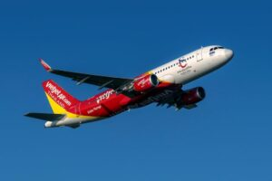 Airlines and hotels try to cope with cancellations for Songkran | Thaiger