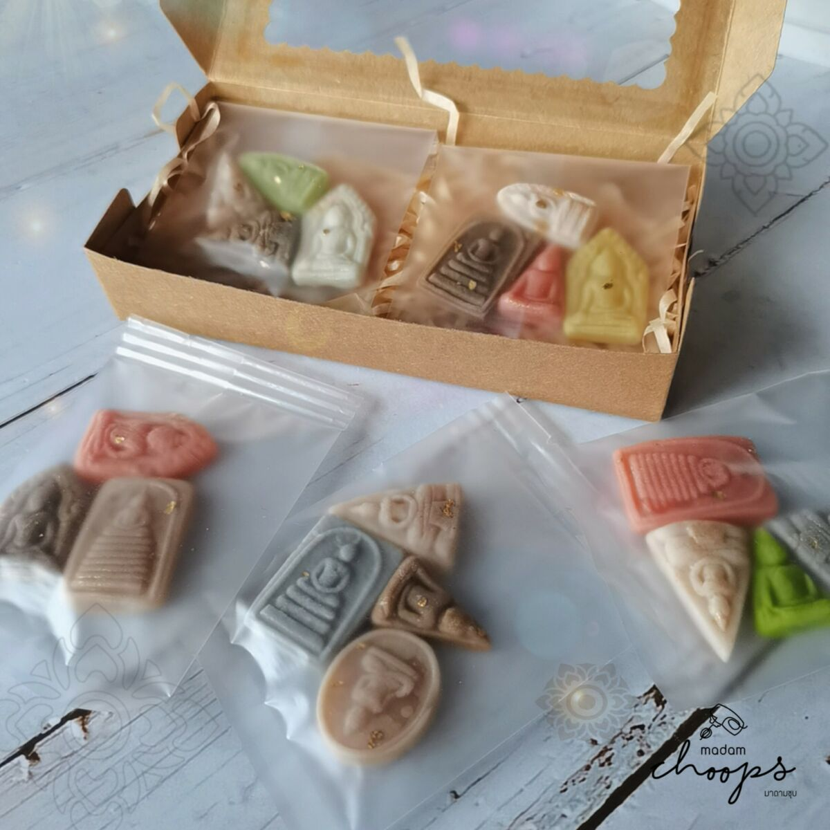 Thai sweet shop gets mixed reviews over Buddhist amulet candies | News by Thaiger