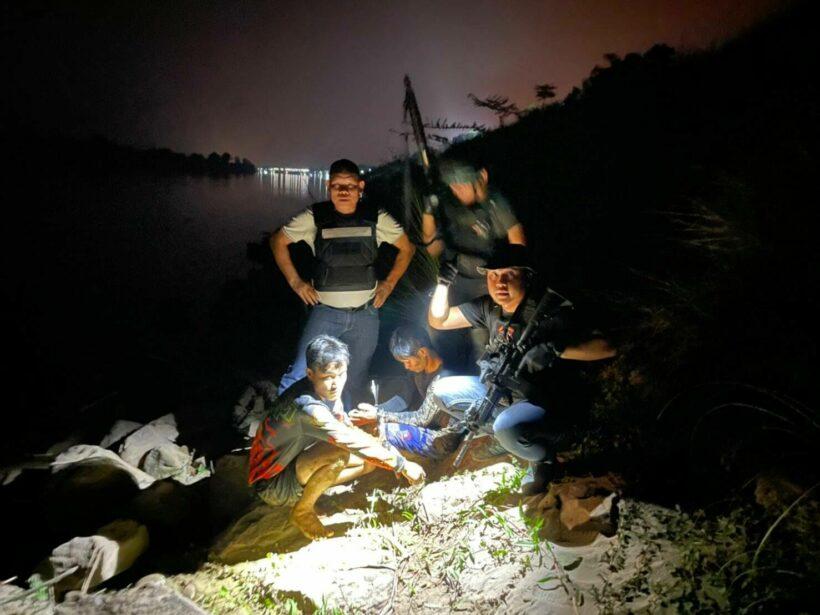 Police arrest 2 Lao men, seize 550 kilograms of methamphetamine at Mekong River bank | Thaiger