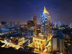 Thailand News Today | Bangkok nightspot Covid clusters, Tesco/CP merger goes to court | April 5 | Thaiger