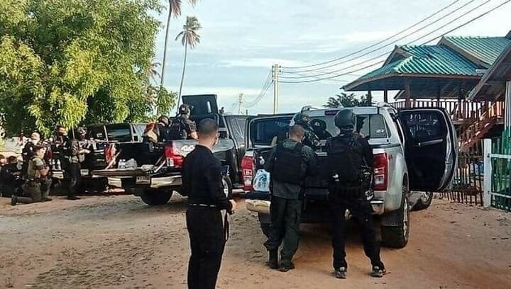 2 suspected insurgents killed in gunfire exchange with police-military team   News by Thaiger
