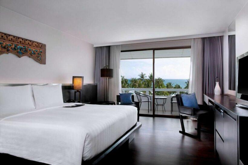 Le Méridien - beachfront hotel in Phuket